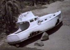 SS_Minnow_run aground