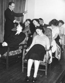 Hypnotism hypnotized